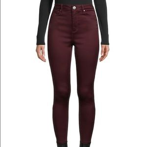 Size 8 Jordache mid rise skinny jeans maroon coloured